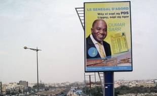 Les Sénégalais votaient dimanche pour renouveler les 150 députés de leur Assemblée nationale, des élections à un tour organisées trois mois après une présidentielle très disputée remportée par Macky Sall face à Abdoulaye Wade.