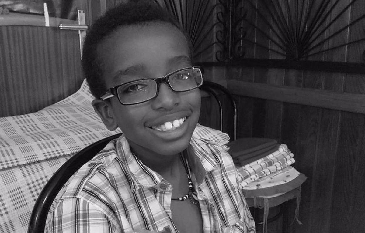 grenoble pour ses 11 ans kevin enfant autiste re oit des milliers de lettres et cadeaux. Black Bedroom Furniture Sets. Home Design Ideas