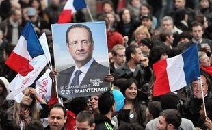Sur fond de croissance morose, François Hollande accèder à l'Elysée avec une marge de manoeuvre des plus étroites pour concilier ses promesses de nouvelles dépenses et ses engagements à assainir les finances de la France, sur lesquels l'attendent ses partenaires européens.