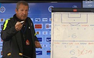 Rolland Courbis, l'entraîneur de Montpellier, lors d'une conférence de presse, le 20 mars 2014.