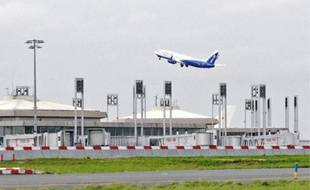 Les vols se font de plus en plus fréquents à l'aéroport de Roissy Charles-de-Gaulle, ce qui provoque l'exaspération des habitants alentour comme Catherine Bouvier, qui subit les nuisances depuis 1964 à Taverny.