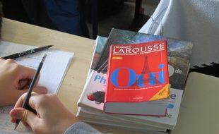 Un élève migrant scolarisé dans la classe d'accueil du lycée Paul Valéry de Paris, le 18 septembre 2015.