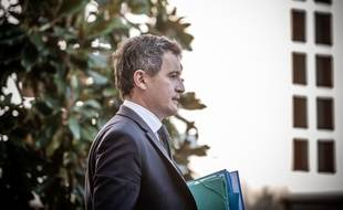 Le ministre de l'Intérieur, Gérald Darmanin sortant d'une réunion à Matignon le 30 juillet 2020.