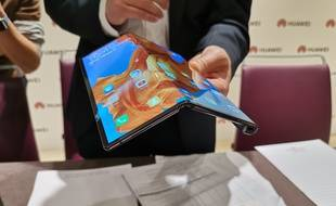 Le Huawei Mate X dévoilé au salon Mobile World Congress de Barcelone.