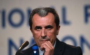 Avec l'économiste Plamen Orecharski, devenu mercredi Premier ministre de Bulgarie après des élections sans clair vainqueur, le Parti socialiste espère avoir trouvé la perle rare pour diriger un gouvernement d'experts capable de lutter contre la pauvreté du pays.