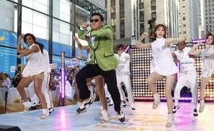 Psy chante «Gangnam Style» à New York en 2012.