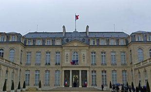 François Hollande prendra officiellement ses fonctions le 15 mai prochain.