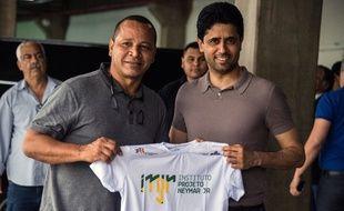 Neymar senior et Nasser Al-Khelaïfi lors d'une visite au Neymar Jr Institute project, à Sao Paulo, le 13 mars 2018.