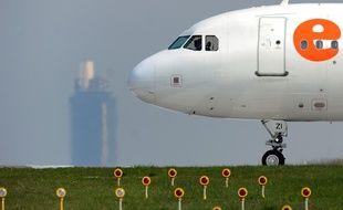 Un avion sur le tarmac de l'aéroport Nantes-Atlantique.