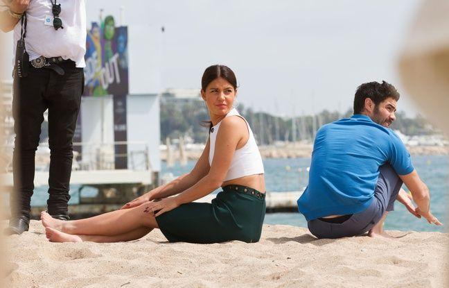 Adèle Exarchopoulos et Tahar Rahim sur la plage à Cannes en mai 2015