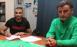 Oussama Tannane s'est engagé mardi jusqu'en 2020 avec Saint-Etienne.
