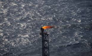 Les cinq plus grandes compagnies pétrolières privées mondiales, ou des représentants, ont dépensé plus de 250 millions d'euros depuis 2010 en lobbying auprès de l'Union européenne, selon les calculs d'ONG environnementales.