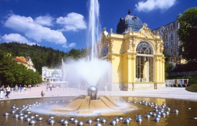 Les pays tchèques ont une longue tradition de soins thermaux qui font le délice des touristes du monde entier.