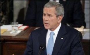 George W. Bush a lancé mardi au Congrès un vibrant appel à l'unité sur l'Irak dans son discours annuel sur l'état de l'Union, sans rien céder cependant sur une stratégie en rupture avec les attentes des Américains et de la nouvelle majorité démocrate.