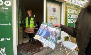 Les tracteurs salariés de Nice écologique ont des contrats à temps partiel de 15 heures par semaine, soit trois heures de distribution par jour