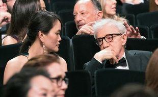 Woody Allen et sa femme lors de la cérémonie d'ouverture du 69e Festival de Cannes le 11 mai 2016
