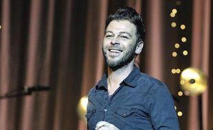 Christophe Maé lors du concert en faveur de l'association Sport dans la ville, organisé par Marie Drucker en décembre 2012.
