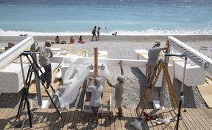 Le 3 juin 2020, sur une plage privée de Nice