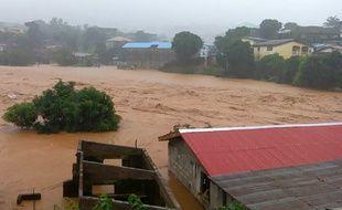 Des pluies diluviennes ont frappé la Sierra Leone le 14 août 2017, entraînant des inondations.