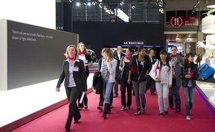 En 2010, l'association «Elles bougent» et ses partenaires de la filière automobile avaient déjà organisé une visite du Mondial avec des lycéennes.
