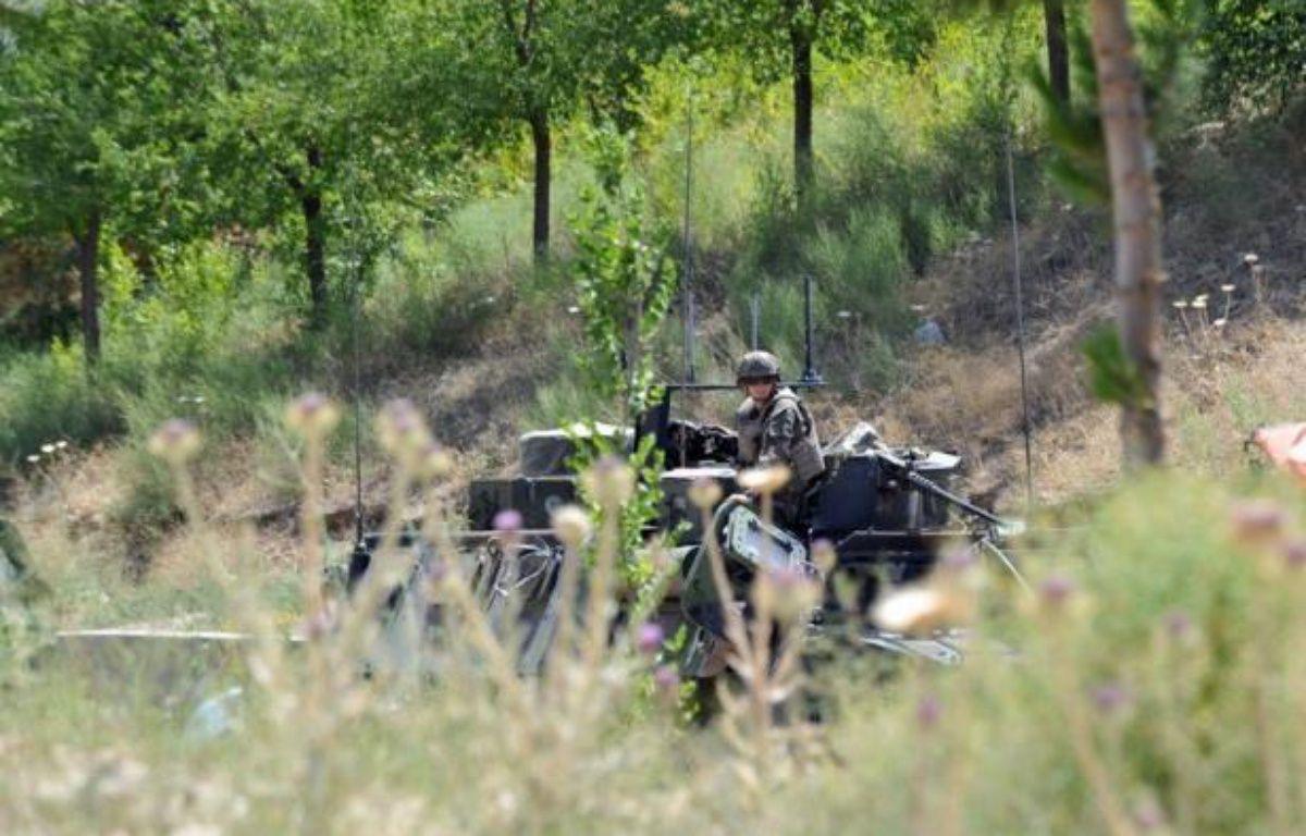 Six soldats américains de l'Isaf, la force armée de l'Otan en Afghanistan, ont été tués dimanche dans l'explosion d'une bombe artisanale dans l'est du pays, a-t-on appris de sources concordantes. – Massoud Hossaini afp.com