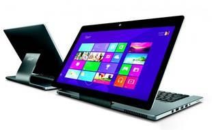 Le pied de l'Acer Aspire R7 a été étudié pour que son écran puisse être placé dans de nombreuses positions.
