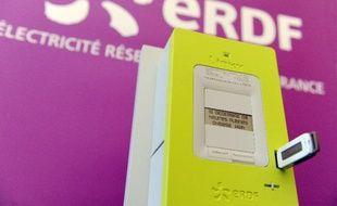 """Le compteur électrique intelligent """"Linky"""" présenté à Tours le 18 mars 2009"""