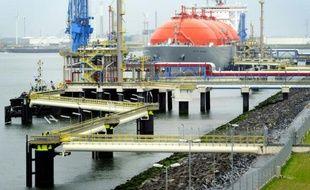 Vue du port de Rotterdam, le 6 juillet 2011