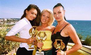 Tera Patrick, Dolly Golden et Laura Angel, lors de la cérémonie des Hot d'Or 2000 à Cannes.