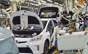 Toyota rappelle 625.000 voitures hybrides des gammes Prius et Auris pour un problème de logiciel qui peut entraîner l'arrêt de la voiture