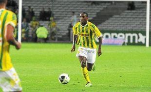 Lionel Carole était titulaire en défense en 2009. Il est actuellement prêté par Benfica à Sedan en Ligue 2.