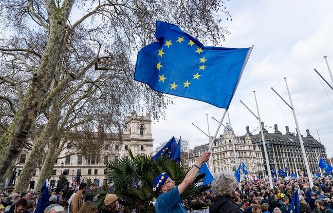 nouvel ordre mondial | Royaume-Uni: La pétition anti-Brexit a dépassé les cinq millions de signatures, son auteure a reçu des menaces de mort