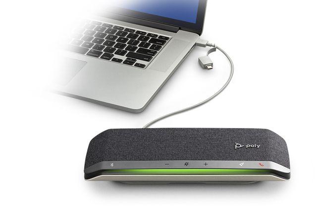 Sync 20 se recharge directement en USB sur un ordinateur.
