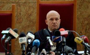 Le juge Dariusz Mazur écoute les avocats de Roman Polanski, le 30 octobre 2015 au tribunal de Cracovie