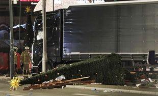 Le camion qui a foncé sur la foule à Berlin le 19 décembre 2016 était immatriculé en Pologne.