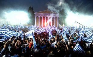 L'inquiétude montait samedi en Grèce et en Europe, à la veille d'élections législatives qui pourraient voir un effondrement des deux grands partis traditionnels et une forte poussée des extrêmes, laissant craindre une paralysie du pays et une remise en cause des efforts de rigueur pour assurer son maintien dans l'euro