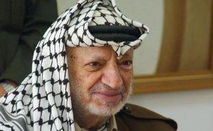 Les ministres arabes des Affaires étrangères ont appelé mercredi l'ONU à ouvrir une enquête sur les circonstances de la mort du dirigeant historique palestinien Yasser Arafat, alors que des juges français enquêtent sur la thèse d'un possible empoisonnement.