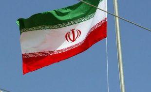 Des patrouilleurs iraniens ont tiré des coups de semonce dans le Golfe persique vers un bateau de commerce battant pavillon singapourien