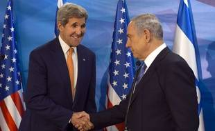 John Kerry rencontre Benjamin Netanyahou à Jerusalem, le 24 novembre 2015.