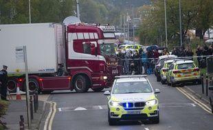 Un camion frigorifique a été découvert au Royaume-Uni, transportant 39 corps de ressortissants d'origine asiatique.