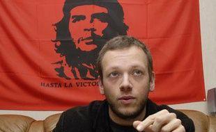 Yann Leroy, étudiant en archéologie à Lille III et militants aux Jeunesses communistes.