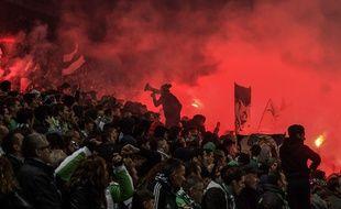 Les supporters de l'ASSE, ici lors du derby dans le Chaudron le 5 novembre. JEFF PACHOUD