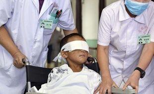 Guo Bin, l'enfant de 6 ans énucléé, le 30 août à l'hôpital de Taiyuan.