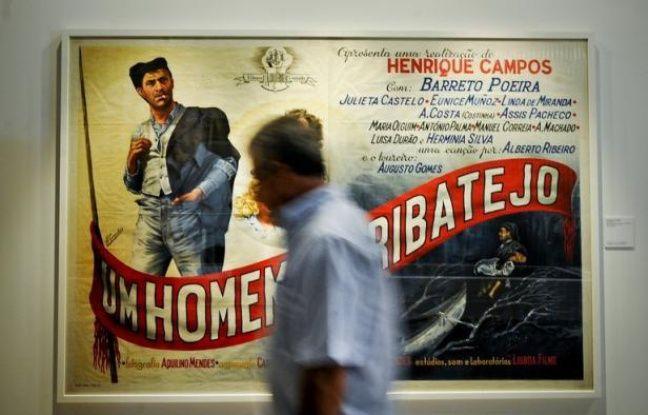 """""""Il ne nous reste plus que l'amour du cinéma pour tourner"""" : ce cri du coeur du réalisateur Joaquim Sapinho témoigne de la situation dramatique du cinéma d'auteur au Portugal, confronté à l'une des pires crises économiques de son histoire."""