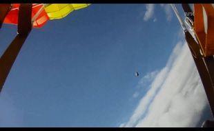 Un parachutiste norvégien a échappé de justesse à une météorite.