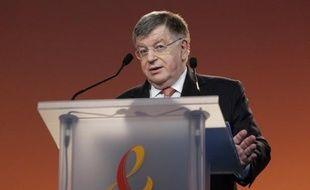 L'ancien PDG de France Télécom, Didier Lombard, est convoqué mercredi par le juge d'instruction chargé de l'enquête sur la vague de suicides de salariés en 2008 et 2009 pour une éventuelle mise en examen