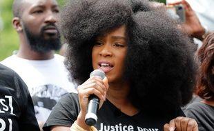 Assa Traore, le 13 juin 2020 à Paris lors d'une manifestation contre les violences policières.