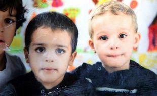 Reproduction fournie le 27 juillet 2013 de la photo des jumeaux et Mehdi