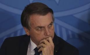 Le président brésilien Jair Bolsonaro a retiré deux décrets controversés sur la libéralisation des armes à feu.
