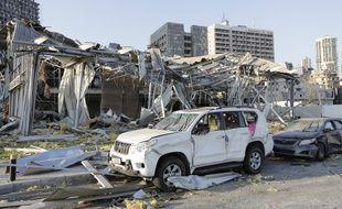 Des constructions en ruine après les deux explosions à Beyrouth, mpardi 4 août 2020.